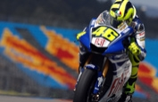 Rossi qualifies on pole