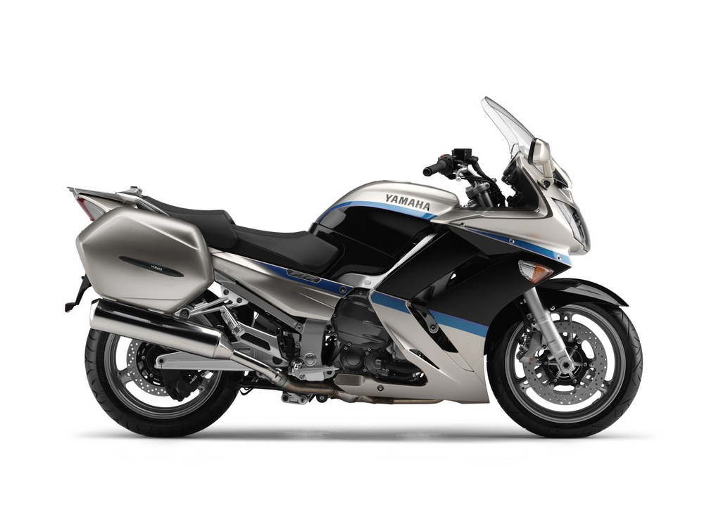 2009 Yamaha FJR1300 Wallpaper