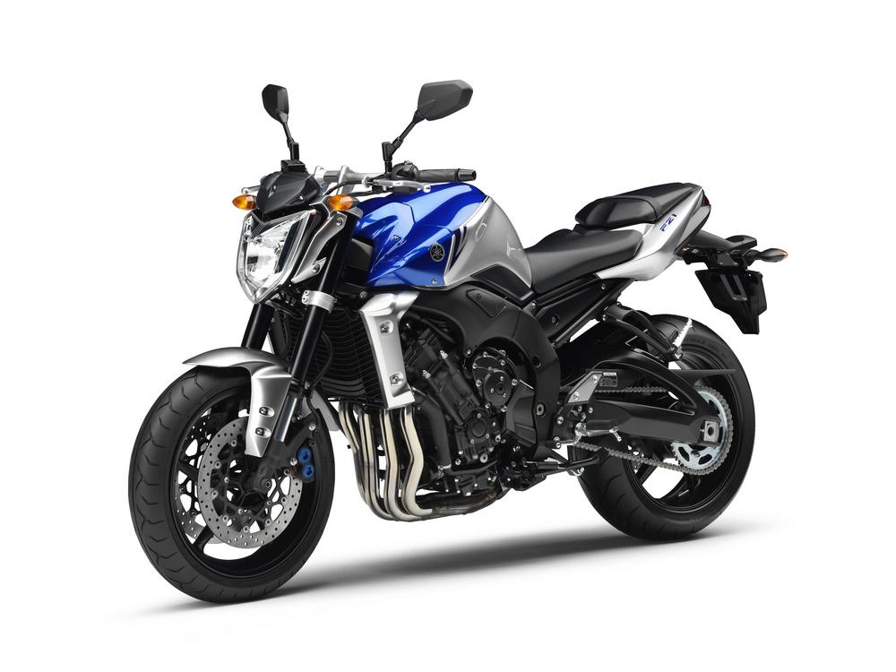 2010 Yamaha FZ1 and FZ1 Fazer
