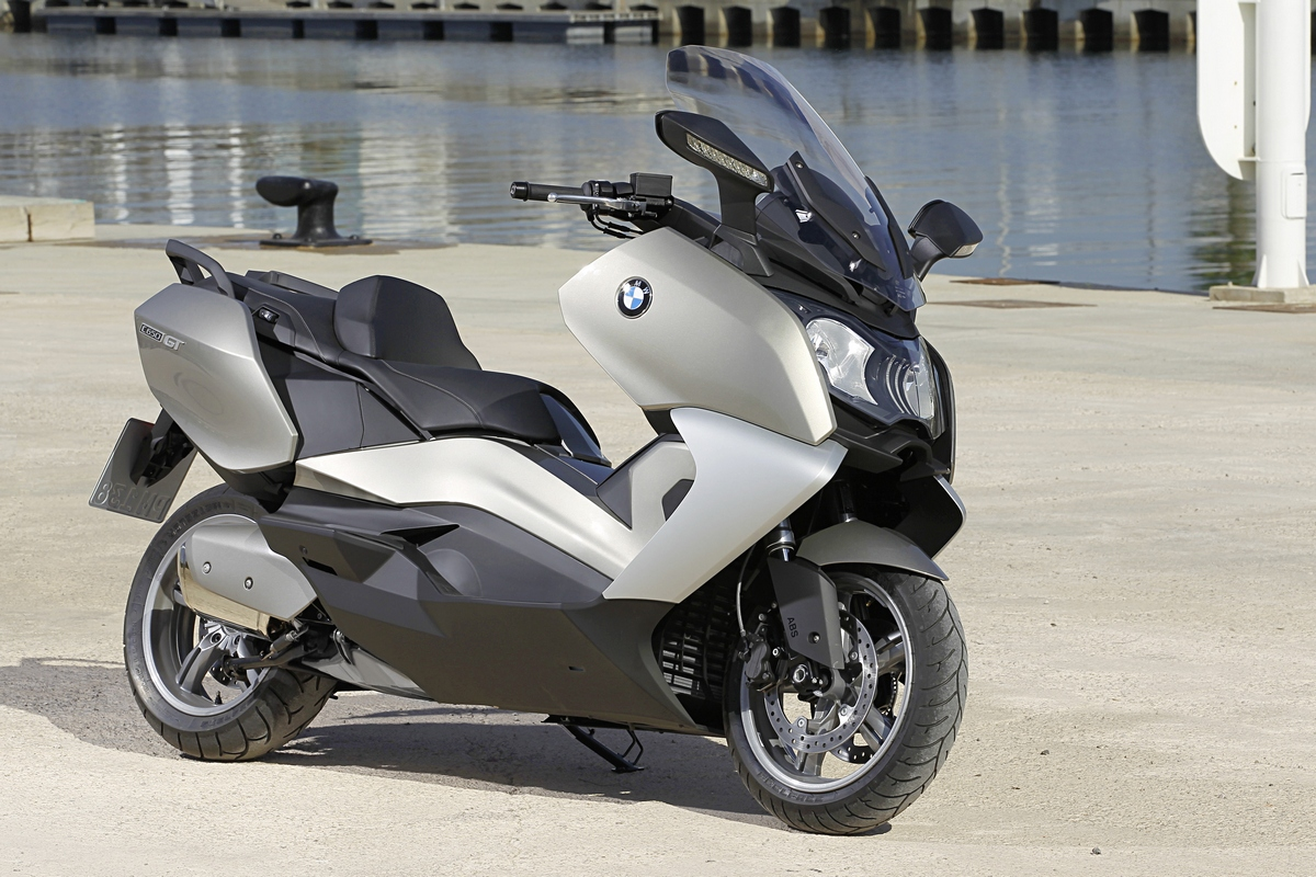 2012 bmw c 600 sport and c 650 gt. Black Bedroom Furniture Sets. Home Design Ideas