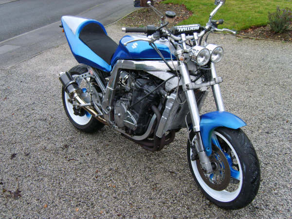 Gsxr 750 Streetfighter Conversion   hobbiesxstyle