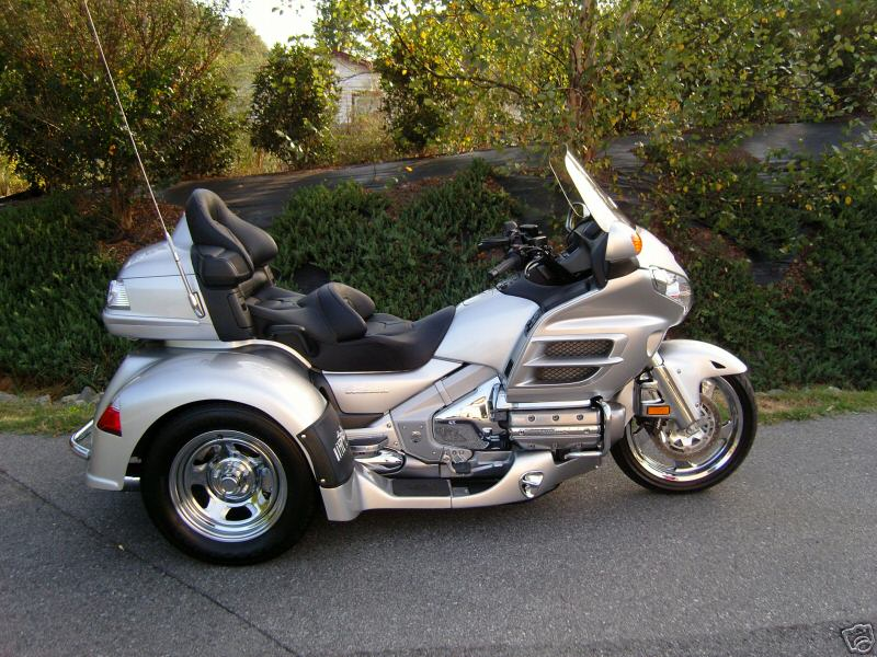 Honda Goldwing Trikes 800 x 600 · 117 kB · jpeg