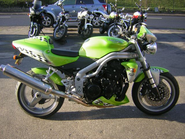 Triumph roulette green spray paint how to say roulette in french