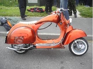 Motos Custom-http://motorbike-search-engine.co.uk/Custom/vespa-fatboy.jpg