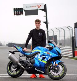 Rookie Ray ready for MCE British Superbike debut with Buildbase Suzuki