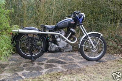 MOTOS PARA EL RECUERDO DE LOS ESPAÑOLES-http://motorbike-search-engine.co.uk/classic-bikes-2/M100.jpg
