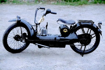 MOTOS PARA EL RECUERDO DE LOS ESPAÑOLES-http://motorbike-search-engine.co.uk/classic_bikes/1924-US-NERACAR.jpg