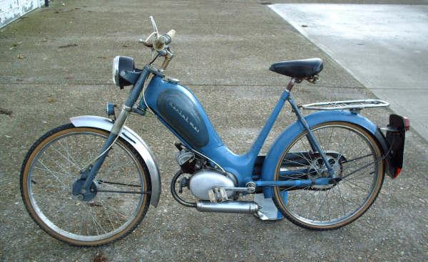 MOTOS PARA EL RECUERDO DE LOS ESPAÑOLES-http://motorbike-search-engine.co.uk/classic_bikes/1957-berini-m21.JPG