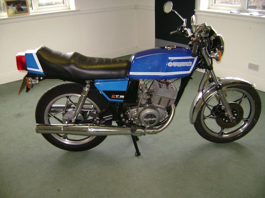 عکس موتور قدیمی