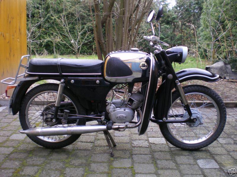 MOTOS PARA EL RECUERDO DE LOS ESPAÑOLES-http://motorbike-search-engine.co.uk/classic_bikes/hercules_mk_50.jpg