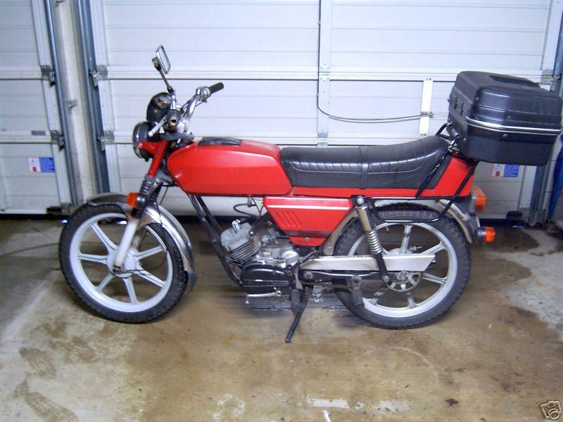 MOTOS PARA EL RECUERDO DE LOS ESPAÑOLES-http://motorbike-search-engine.co.uk/classic_bikes/hercules_supra4.jpg