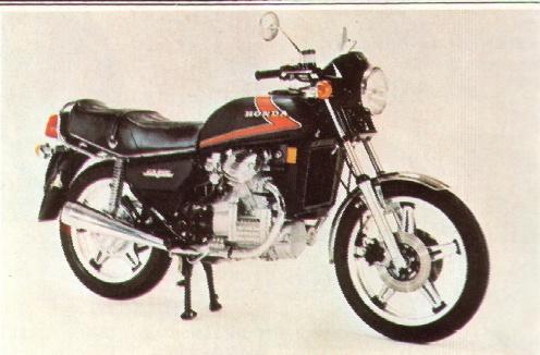 1980 honda cx 500 in one dark night 1983. Black Bedroom Furniture Sets. Home Design Ideas