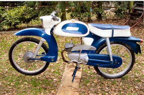 MOTOS PARA EL RECUERDO DE LOS ESPAÑOLES-http://motorbike-search-engine.co.uk/classic_bikes/nsu-quick.jpg