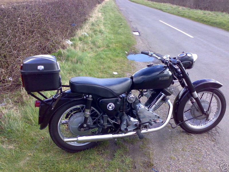 MOTOS PARA EL RECUERDO DE LOS ESPAÑOLES-http://motorbike-search-engine.co.uk/classic_bikes/panther_120.jpg